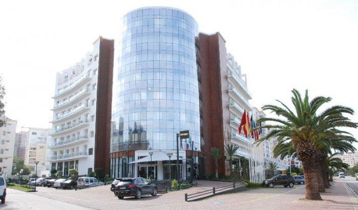 fachada hotel Cesar Tánger