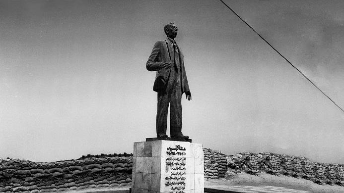 estatua en Basora de Badr Shakir Al Sayyab