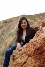 la periodista, actriz y escritora Yousra Tariq