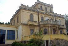 Fachada Villa Carl Ficke