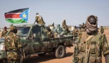 Militares en camioneta en Sudán del Sur