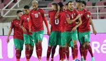 jugadores de Marruecos celebran un gol